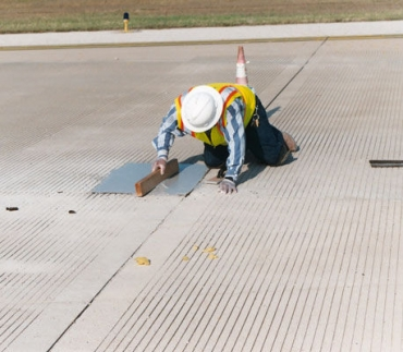 T-17 Fast Setting MMA Polymer High-Strength Concrete Patching Material